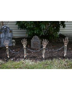 Shackled Skele-Arm Stakes